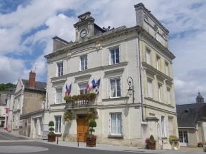 Mairie-de-Vouvray1